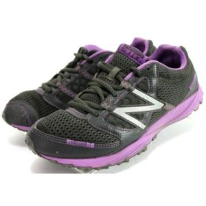 New Balance Women's Trail Running Shoes Size 8.5